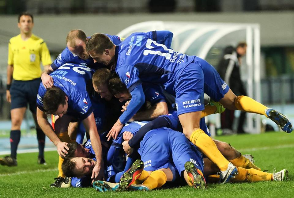 SMFC players celebrate Milos Lujic's goal for 2-1